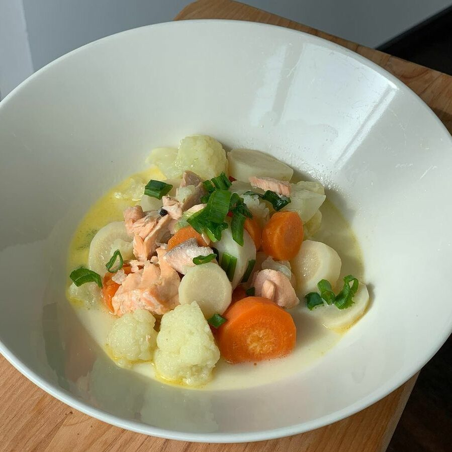 Кето-суп из семги